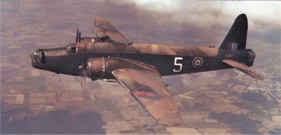 Vickers-Wellington-MkXV.jpg