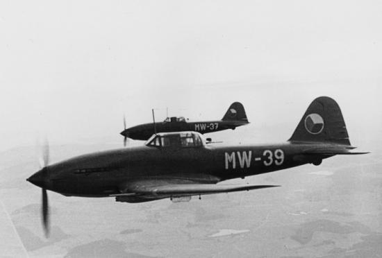 avia-b-33.jpg